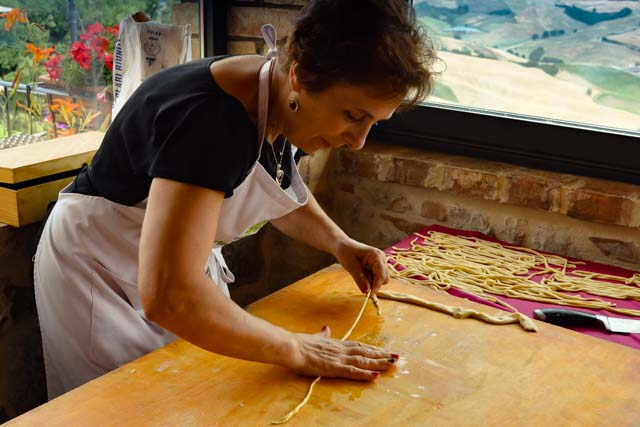 Sariana, Cook in Tuscany, Cooking Vacation in Tuscany, Culinary Vacation, Cooktuscany, tuscany cooking schools, tuscan women cook, cooking teacher
